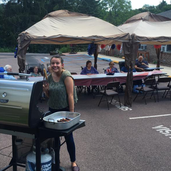 Image of outdoor picnic and barbeque at Kadima at Lakeside Nursing and Rehabilitation Facility