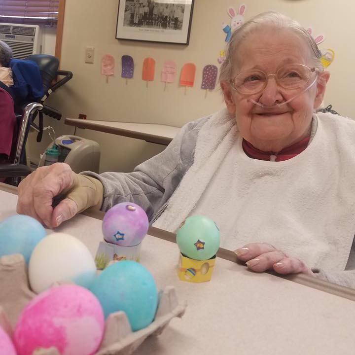 Image old woman decImage of Old Lady and Easter Eggs at Kadima at Lakeside Nursing and Rehabilitation Facility