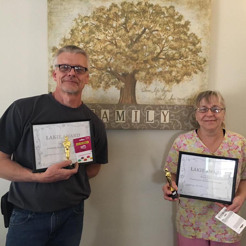 Staff Members holding Lakie Award at Kadima at Lakeside Nursing and Rehabilitation Facility